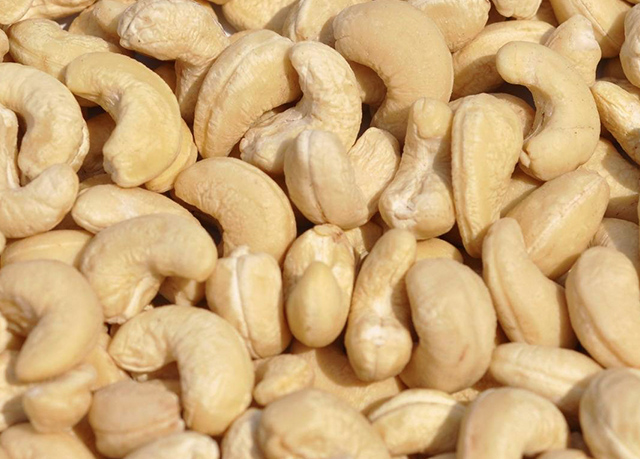 product-cashew-nuts